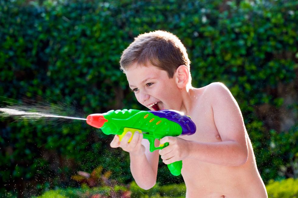 לא רק קרב יריות (צילום: Shutterstock)