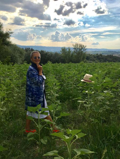 """אילנה אפרתי כבר לא חיה על הקו: """"יכולה להיתקע באיטליה לנצח"""". לחצו על התמונה לכתבה המלאה (צילום: אילנה אפרתי)"""