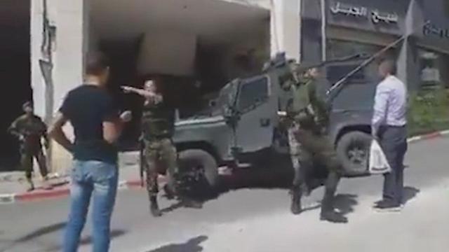 אנשי מנגנוני הביטחון הפלסטינים מונעים מכוח צה