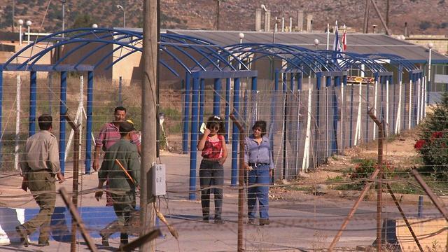 הגדר הטובה מטולה גבול לבנון ישראל רצועת הביטחון 1994 (צילום: יעקב סער, לע