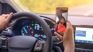 סטורי בנהיגה (צילום - adobestock)