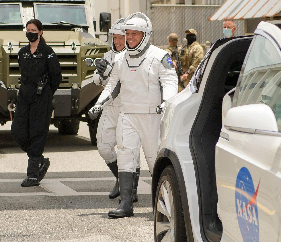 """ברגע האחרון: נדחה שיגור האסטרונאוטים לחלל מארה""""ב 99975480100097980842no"""