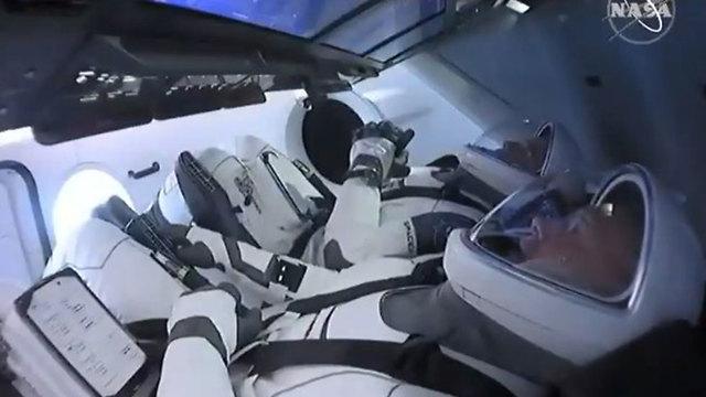 """ברגע האחרון: נדחה שיגור האסטרונאוטים לחלל מארה""""ב 99977120100093640360no"""