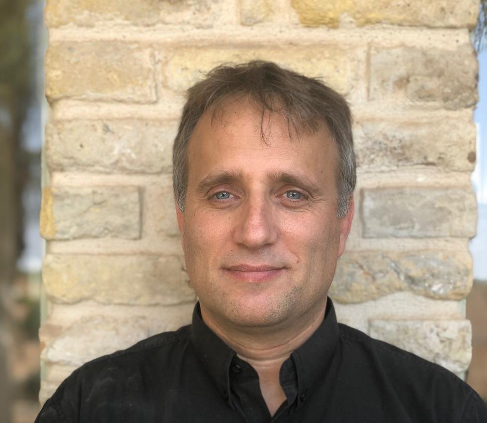 פרופ' לירן כרמל (צילום:  באדיבות האוניברסיטה העברית)