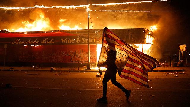 מהומות מיניאפוליס  (צילום: AP)