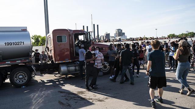 המשאית במיניאפוליס (צילום: MCT)
