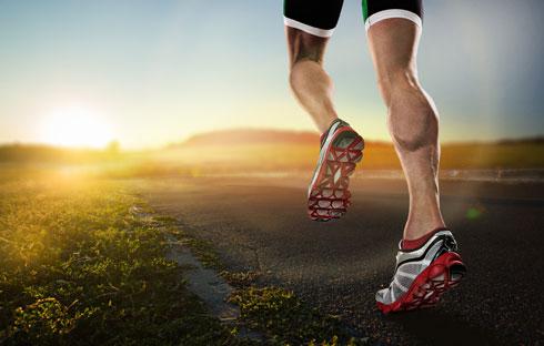 מתוך 20% מהמתאמנים בהיקף גבוה שאובחנו כבעלי חשק מיני נמוך, כ־68% היו רצי מרתון (צילום: Shutterstock)