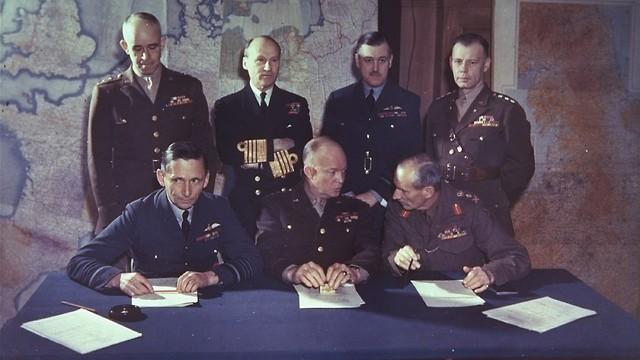 המפקדים הבכירים של כוחות בעלות הברית (צילום: AP)