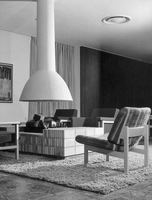 הסלון בפנטהאוז של הנדבן צ'רלס קלור במכון ויצמן (צילום: אשר מולט, אוסף גולדרייך דה שליט, ארכיון אדריכלות ישראל)