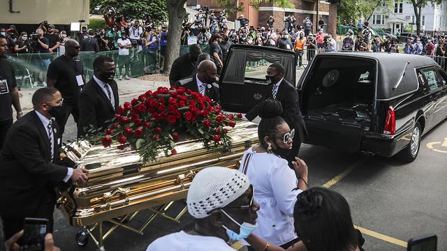 טקס האשכבה של ג'ורג' פלויד  (צילום: AP)