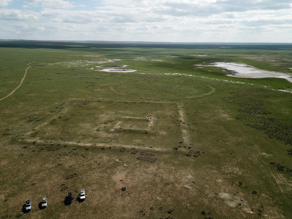 האזור שבו נבנתה החומה (צילום: נחם דורון)
