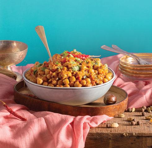 צ׳אנה מסאלה: תבשיל חומוס, תבלינים ועגבניות (צילום וסגנון: דניאל שכטר)