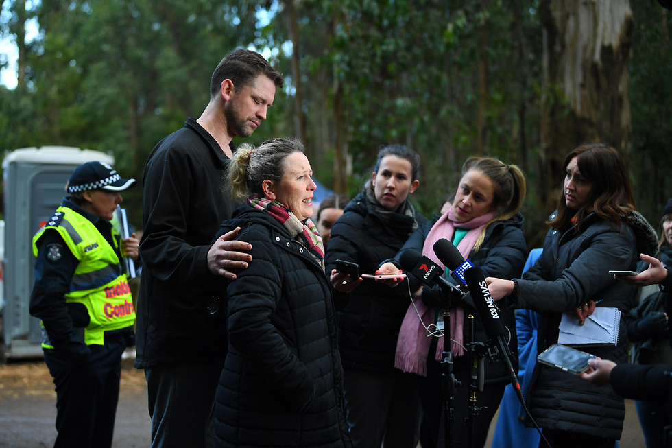 פני אמו של וויליאם קלהאן נער בן 14 אוטיסט שנעלם בהר דיספוינטמנט ב אוסטרליה  (צילום: EPA)