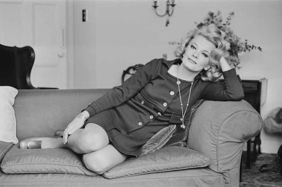 """בחלוקה הפשטנית שהוליווד מתעקשת לקיים כשהיא מכניסה את אנשיה (ובעיקר את נשותיה) למגירות המתאימות – ג'ינה רולנדס שייכת לקבוצת """"הבלונדיניות הקרירות והאינטליגנטיות"""". 1968 (צילום: P. Shirley/GettyimagesIL)"""