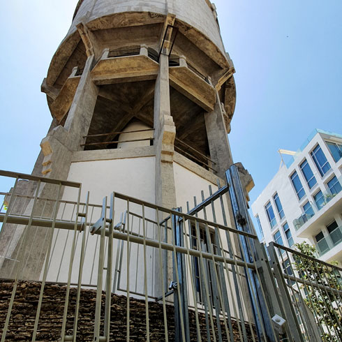 והגישה למגדל המים ברחוב מזא''ה נחסמה, לבקשת דיירים במבנה יוקרה סמוך. רק לאחר התערבות Xnet הוא נפתח מחדש