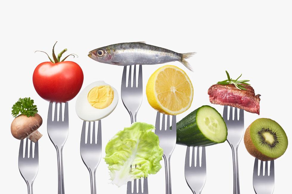 """""""תזונה היא עניין פשוט מאוד ואפילו קל. כל הקולות שכולנו שומעים כל הזמן ומבלבלים אותנו הם רסיסי מידע מדעי לא מבוסס והרבה מניפולציות"""".  ד""""ר דיוויד כץ (צילום: Shutterstock)"""