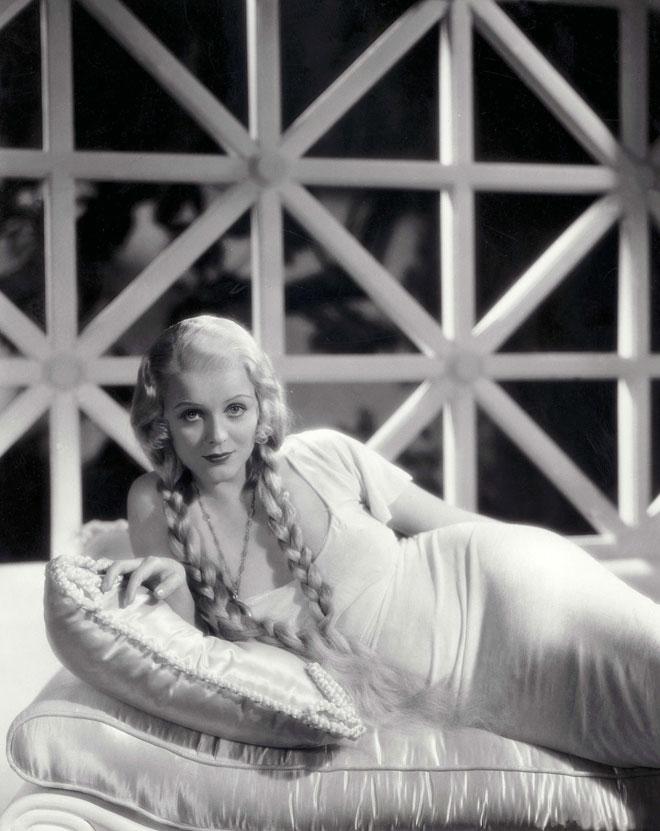 בתחילת הקריירה ההוליוודית, 1933 (צילום: rex/asap creative)