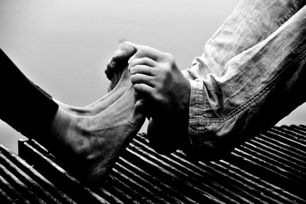 צילום של יונית לאה קוסובסקי: רגע של אהבה ואינטימיות בימי המגפה