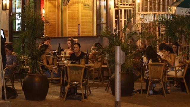מסעדות בתל אביב (צילום: מוטי קמחי )