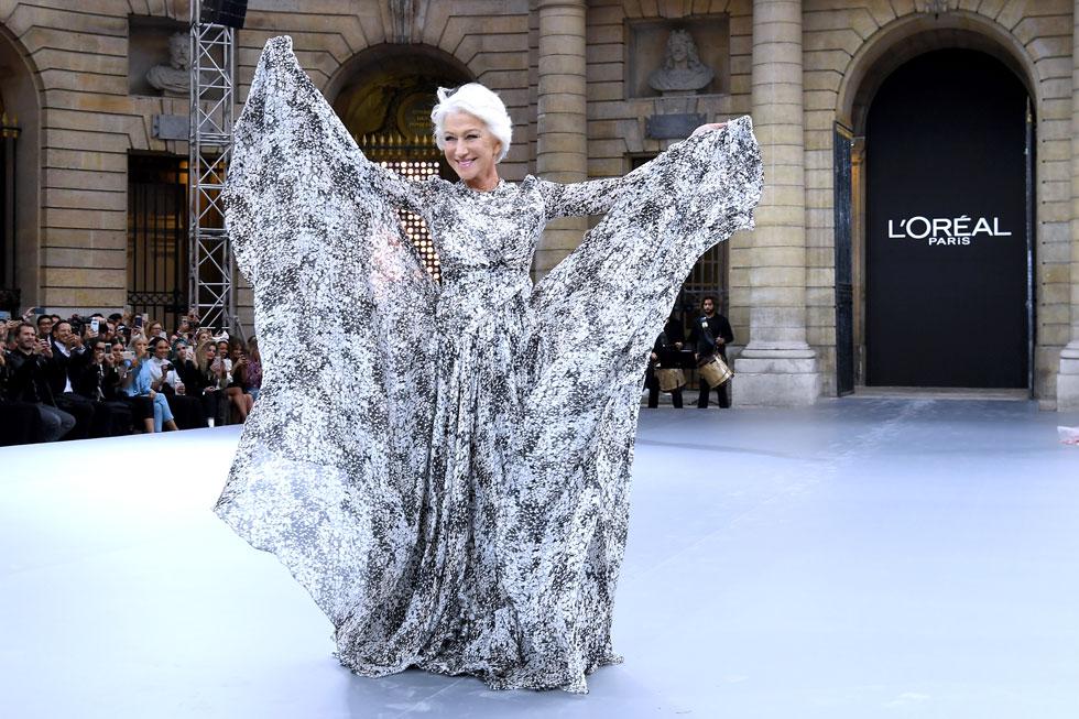 מככבת על המסלול בשבוע האופנה בפריז, 2019 (צילום: Pascal Le Segretain/GettyimagesIL)