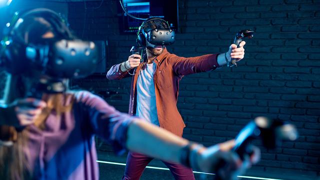 העולם עובר למציאות מדומה (צילום: Shutterstock)