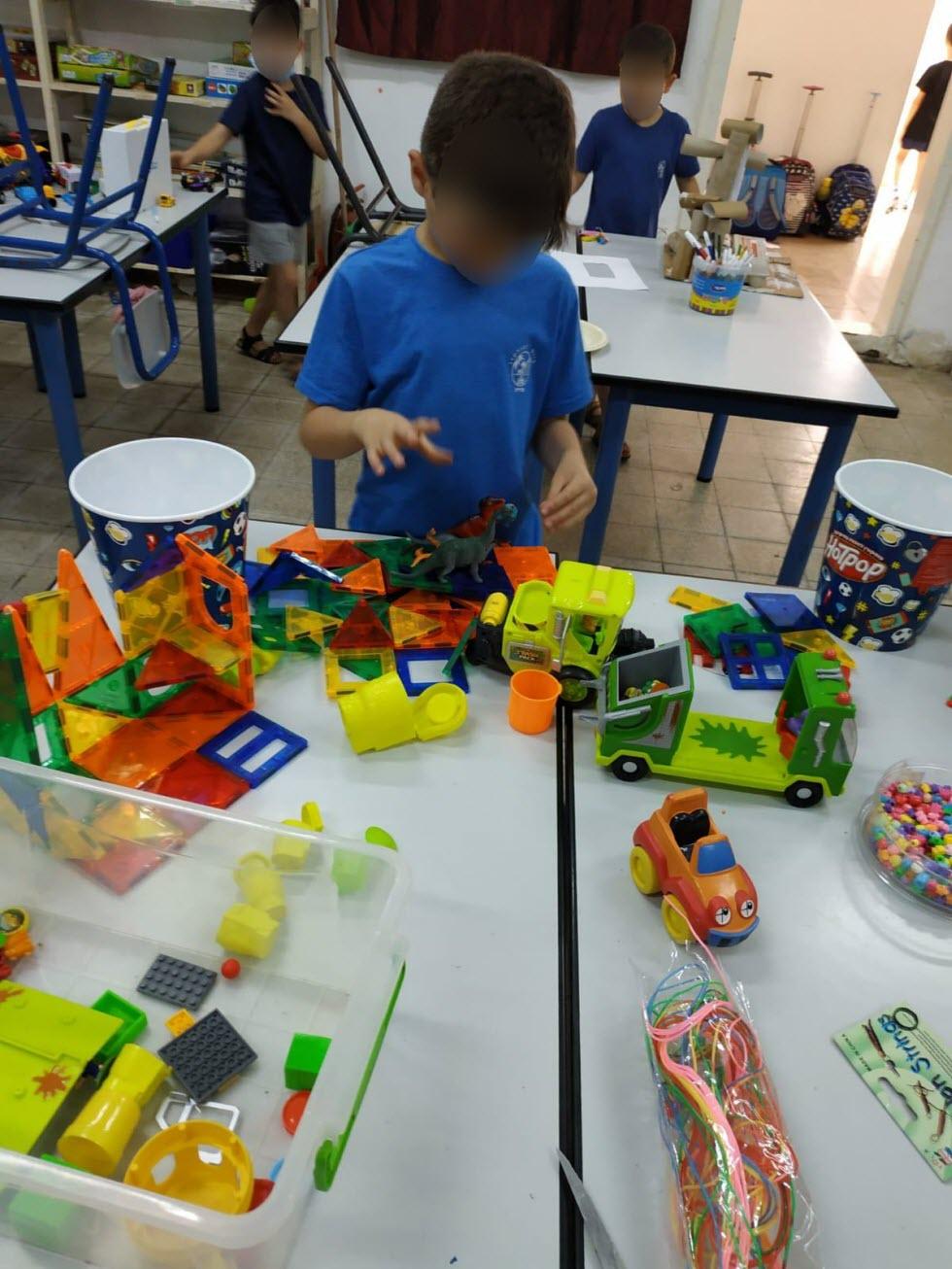משחקים בגנים בנהריה (צילום: באדיבות דוברות עיריית נהריה)