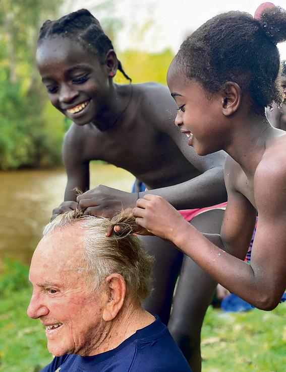 מפגש מסמר שיער. קאהן וילדי שבט ההאמר