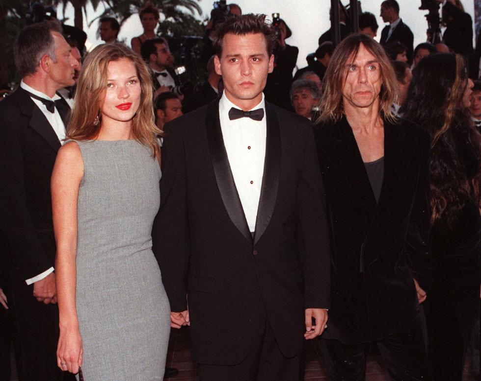 שנות ה-90: ג'וני דפ וקייט מוס בתפקיד הזוג היפה של העשור (צילום: AP)
