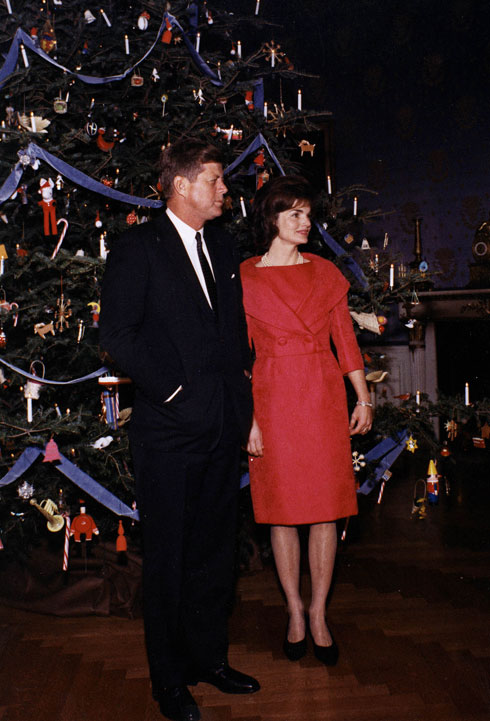 הזוג האופנתי של הבית הלבן. ג'קלין וג'ון פ' קנדי (צילום: Darren McCollester/GettyimagesIL)