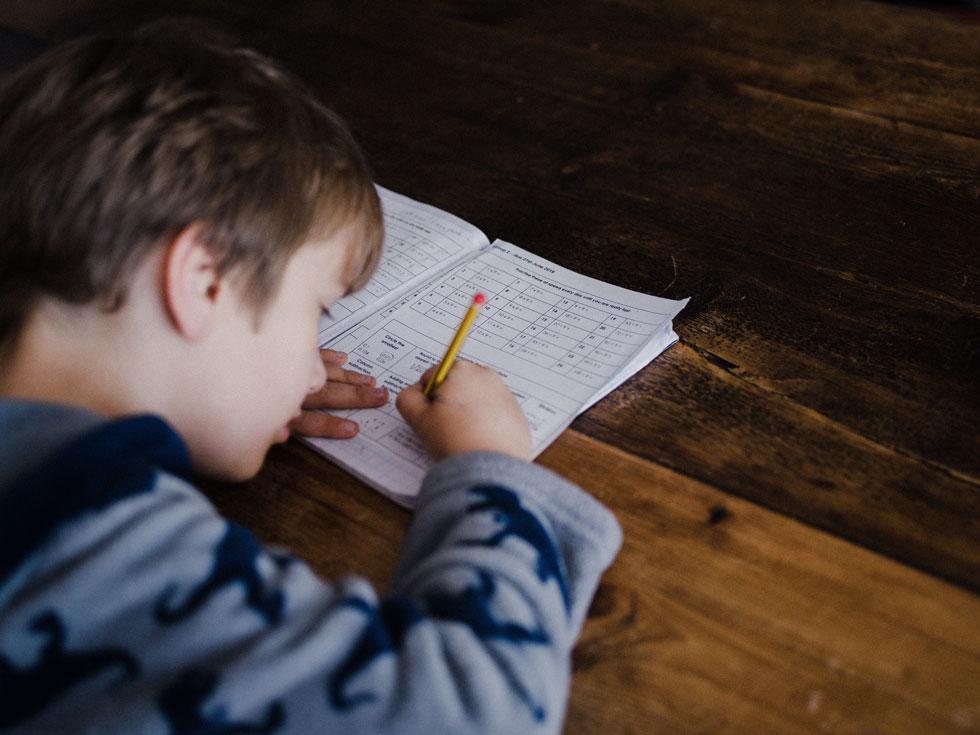 קביעת מנת המשכל, הרמה ההתפתחותית, והרמה החברתית של הילד בגיל צעיר, יכולה לעזור במציאת פתרונות מוקדמים שיחסכו תסכולים וחוויות שליליות בהתבגרותו (צילום: annie spratt, unsplash)