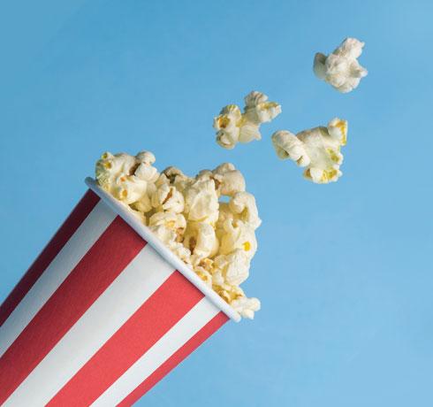 השקיעו זמן עם הילדים לבחירת הסרט המתאים לצפייה משותפת (צילום: Shutterstock)