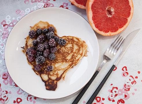 אל תלחצו, המנה תיראה מעולה גם עם פרוסות נקטרינה (צילום: Shutterstock)