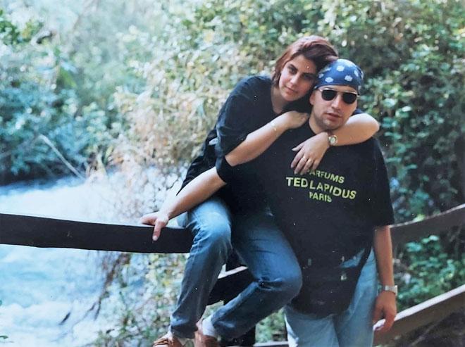 """עם נתי, בתקופת החברות. """"מגיל 16 וחצי אנחנו יחד"""" (צילום: אלבום פרטי)"""