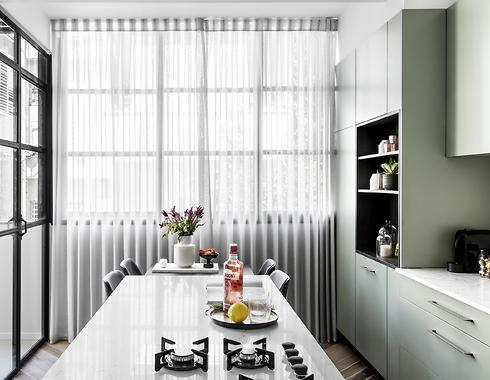 מטבחי רגבה. מעצבת: אפרת וינרב WE Architects.  (צילום: איתי בנית)