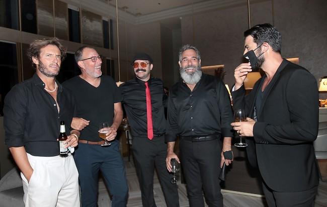 כל החבר'ה (צילום: ענת מוסברג)
