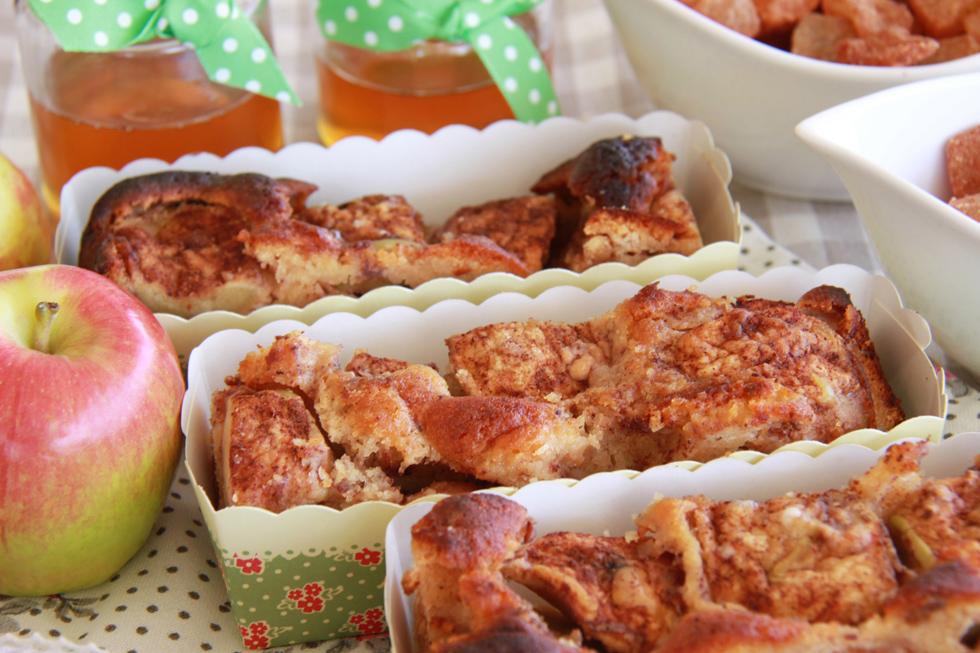 אין על עוגות תפוחים - עכשיו רק נשאר לבחור את המתכון (צילום: אסנת לסטר)