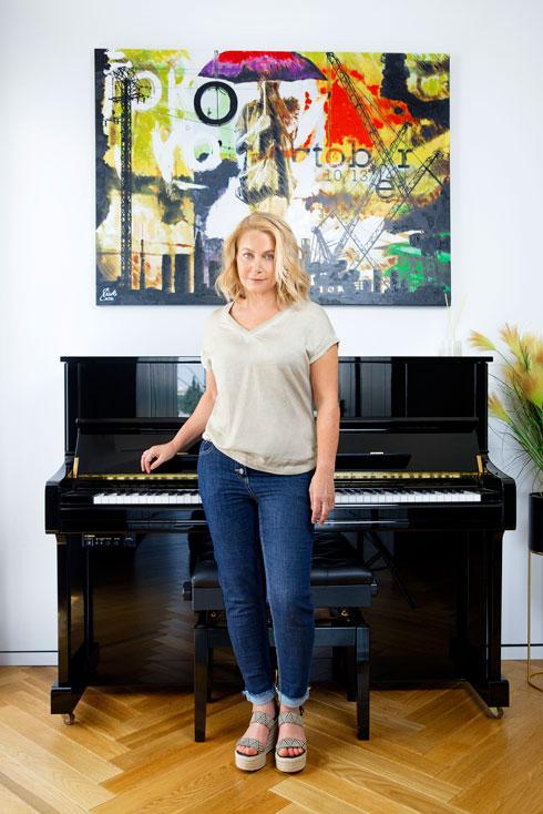 ביקור בית: בדירת הגג האסקפיסטית של מעצבת האופנה אנה שוורץ. לחצו על התמונה לכתבה המלאה (צילום: ענבל מרמרי)