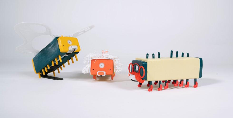 אייל שושן עיצב צעצוע בדמות זחל, שילדים יכולים להדפיס בתלת ממד ולפתח בעצמם (צילום: הגר עמיבר, אביב טישלר)