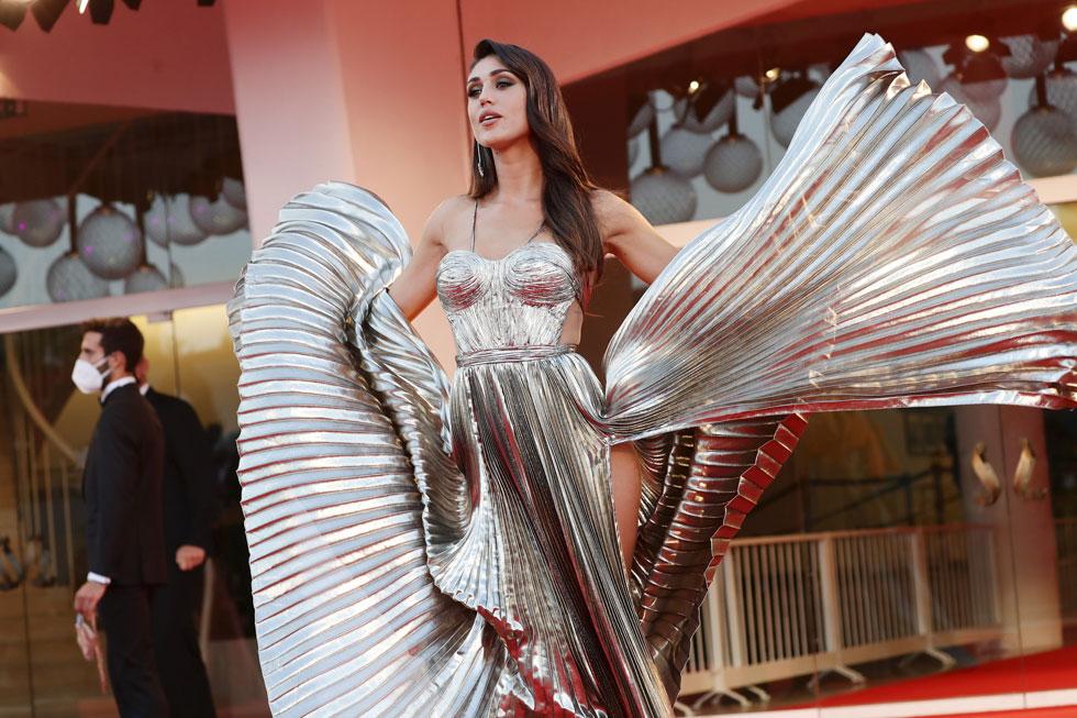 בצוק העיתים, הזוהר שהביאה איתה הכוכבת הארגנטינאית ססיליה רודריגז הוא כמו אוויר לנשימה (צילום: Vittorio Zunino Celotto/GettyimagesIL)
