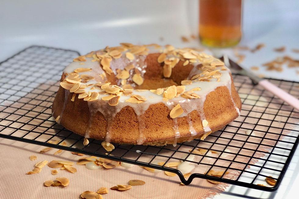 כשהיא טובה, היא ממש טובה: עוגת דבש וקפה (צילום: יסכה עטון)