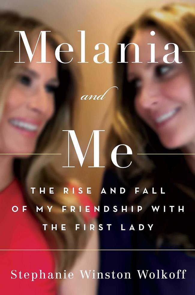 """למלניה מגיע עותק חתום. כריכת הספר """"מלניה ואני: עלייתה ונפילתה של החברות שלי עם הגברת הראשונה"""" (צילום מסך)"""