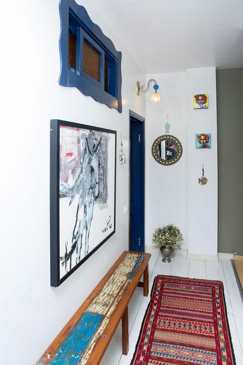 עבודות אמנות נוספות בבית (צילום: ענבל מרמרי)