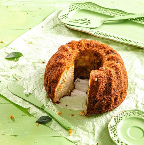 עוגת תפוחים בחושה  (צילום: שרית גופן, סגנון: עמית דונסקוי)