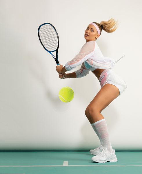 מתאמנת כל יום שעתיים – שלושה אימוני טניס ושלושה אימוני כושר (צילום: שי יחזקאל, סגנון: ראובן כהן)
