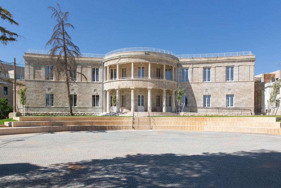 הבניין המרכזי של בית ההבראה ''ארזה'' במוצא עילית אחרי השימור. השימוש שלו כבר יהיה אחר לגמרי (צילום: דור נבו)