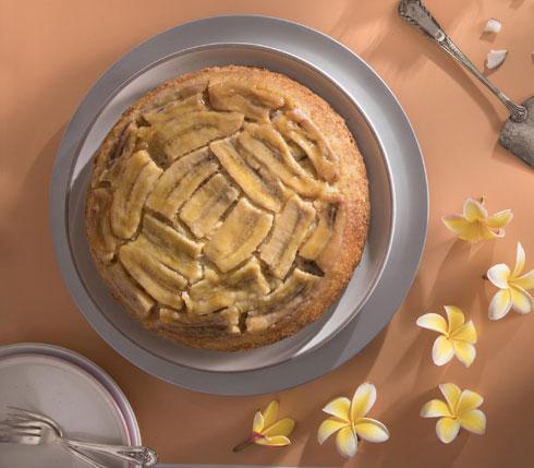 עוגת קוקוס בננה הפוכה (צילום: דניאל לילה, סגנון: טליה הדר)