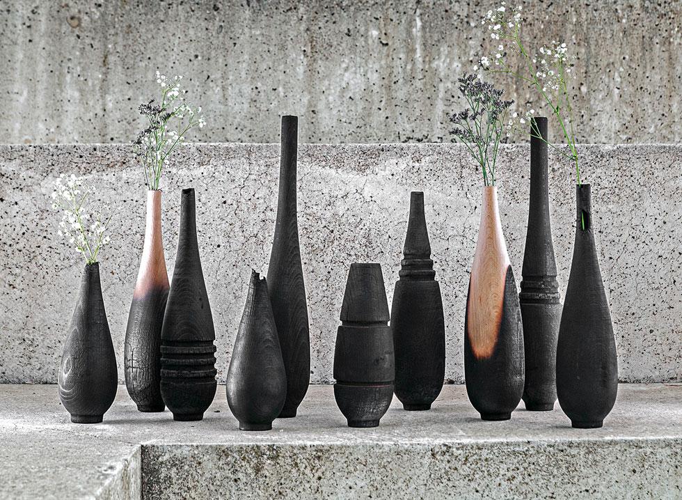 פריטים דקורטיביים מעץ שרוף, בעיצוב דניאל אלקיים. 450-1,450 שקלים (כל המחירים בכתבה הם לפני מע''מ) (צילום: אלי ישראלי)