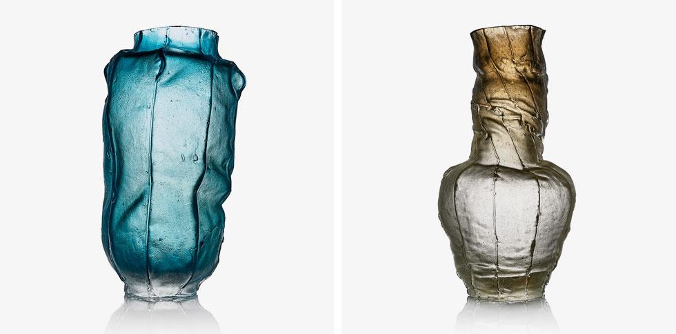 זכוכית שנופחה לתוך תבניות שנוצקו סביב גופי קנבס, בעיצוב דובר צדרבאום. 1,200-12,250 שקלים (צילום: שחר וזיו כץ)
