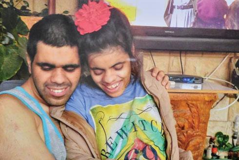 ערן עם אחותו סהר (צילום: אלבום פרטי)
