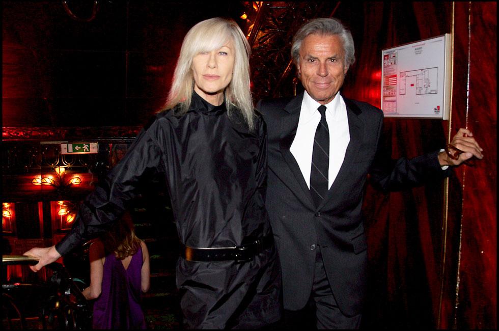 פרנסואה ובטי קטרו באירוע התרמה. יחד הם היו מהזוגות המיתולוגיים של עולם האופנה והעיצוב הפריזאי (צילום: Bertrand Rindoff Petroff/GettyimagesIL)